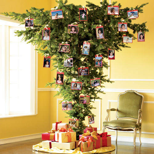 Upside down Christmas tree – TheDailyMass.com daily Catholic Mass ...